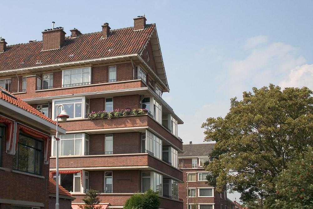 flatgebouw Nieuwe Haagse School architectuur