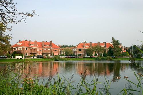 architectuur Nieuwe Haagse School aan het water