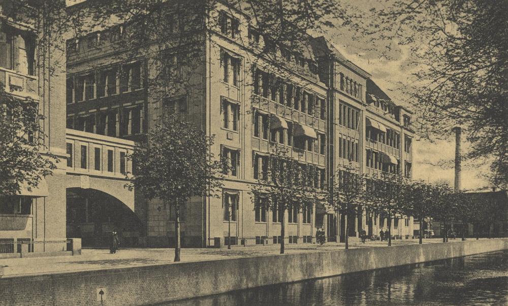 voormalig hoofdkantoor PTT Den Haag