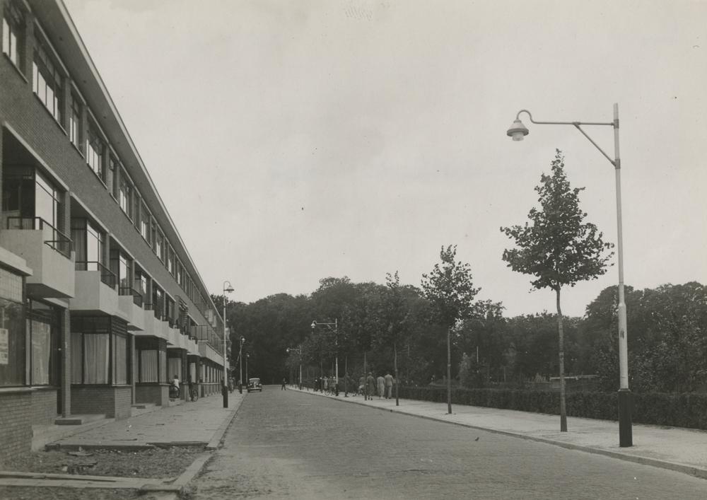 cor van eesteren stedenbouwkundig plan bezuidenhout oost